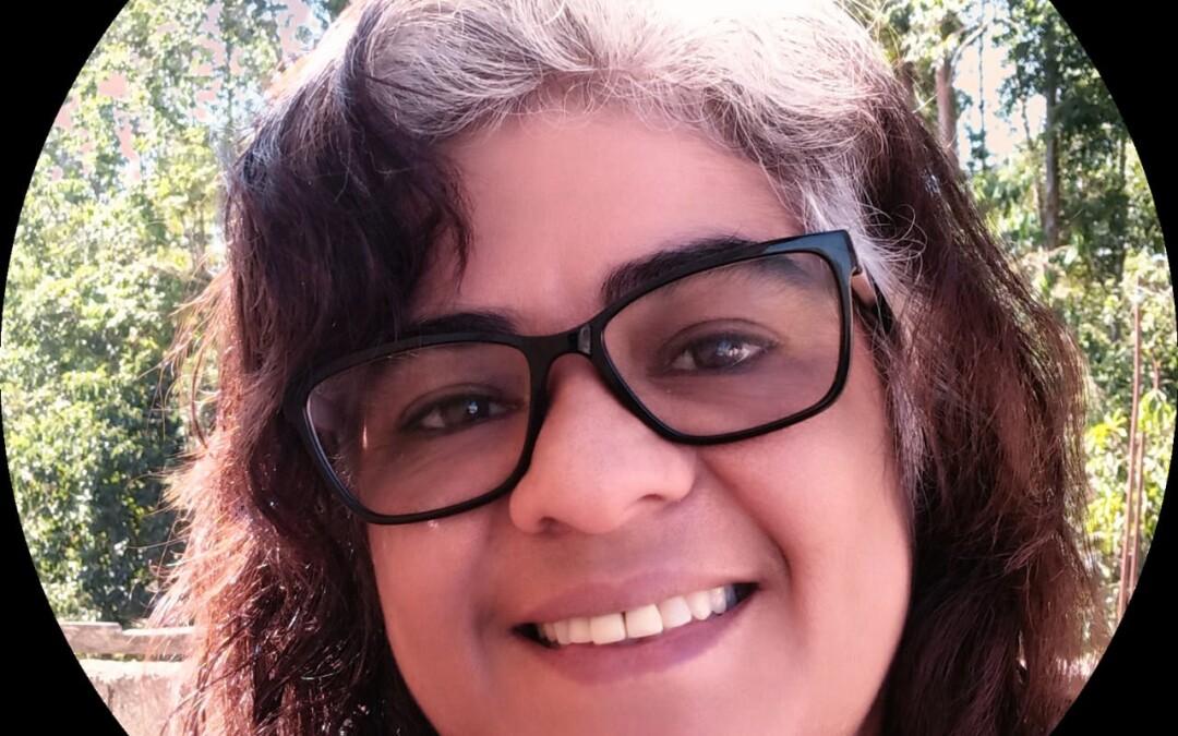 Live Ester Alves Lemos